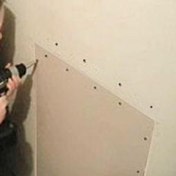 Repairing Medium To Large Holes In Drywall