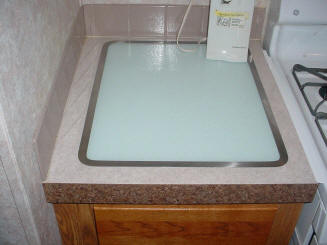 Cleaning Or Brightening Plastic Laminate Kitchen Countertops